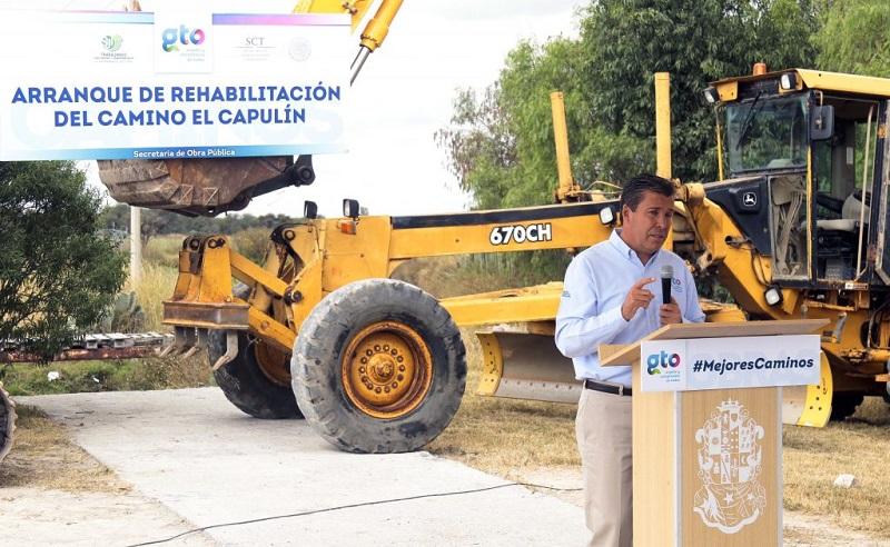 Anuncia el Ejecutivo estatal obras de conectividad, abasto social y educación para San José Iturbide