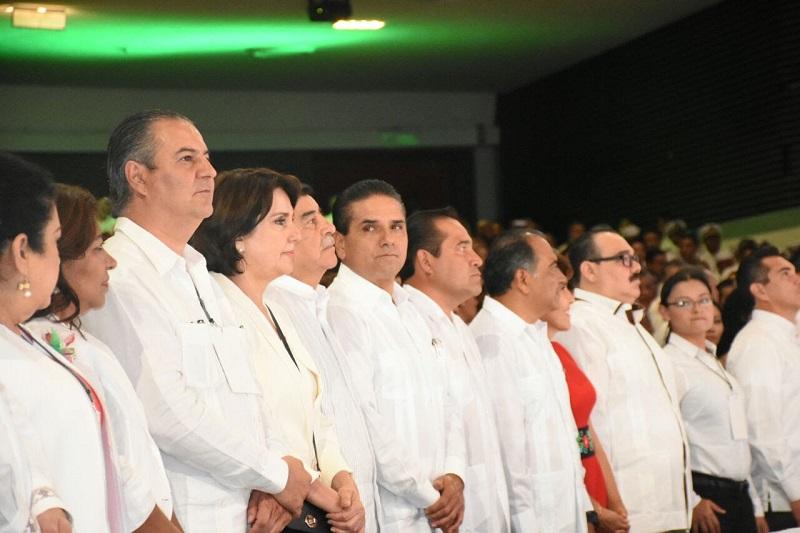 Aureoles Conejo manifestó a Héctor Astudillo su interés por garantizar la libre circulación entre las entidades vecinas, y la tranquilidad de sus habitantes