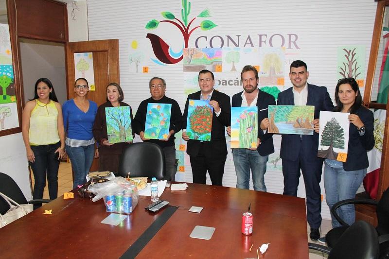 La CONAFOR en Michoacán recibió un total de 140 dibujos, calificados por un jurado conformado por académicos y especialistas en materia forestal de la gerencia estatal