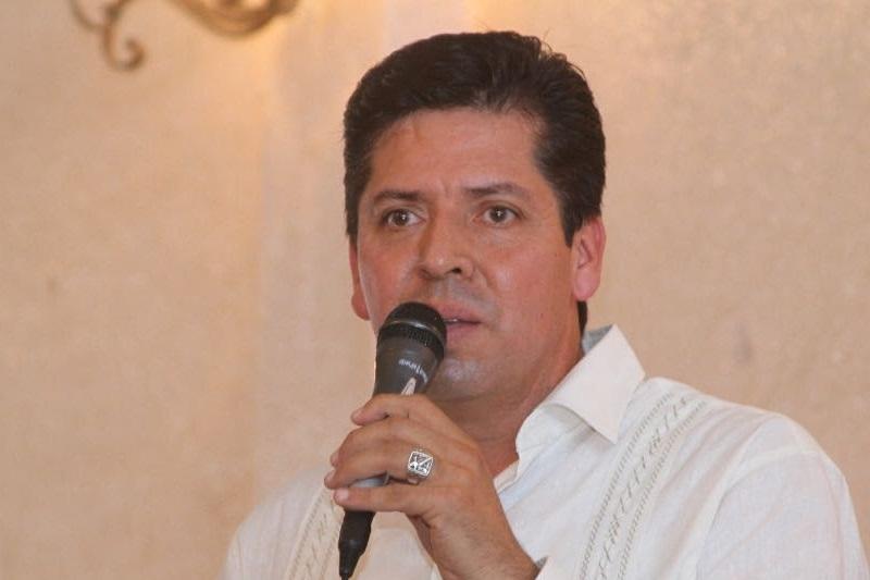 García Conejo afirmó que es momento de mirar hacia el futuro, de preparar el camino para los retos que enfrenta Michoacán, por lo que hizo nuevamente un llamado a la cordura y prudencia de los actores políticos