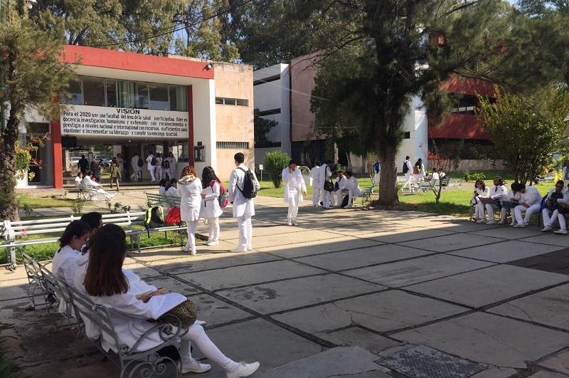 Las instalaciones se encontraron limpias y listas para atender a las comunidades estudiantil y académica, gracias a la labor desplegada por el personal administrativo correspondiente