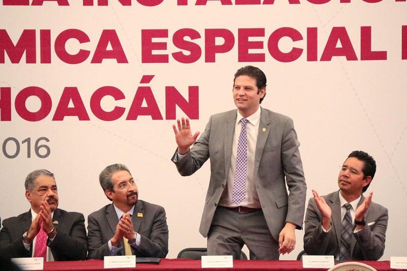Martínez Alcázar refrendó su interés en establecer a Morelia como un destino complementario para la Zona Económica que se busca establecer en esa región del estado de Michoacán