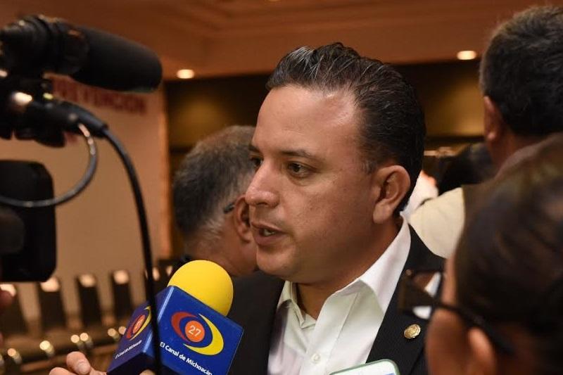 Quintana Martínez reiteró la urgencia de que todas las partes involucradas mantengan el diálogo como la opción más viable para concretar resultados en favor de la educación pública