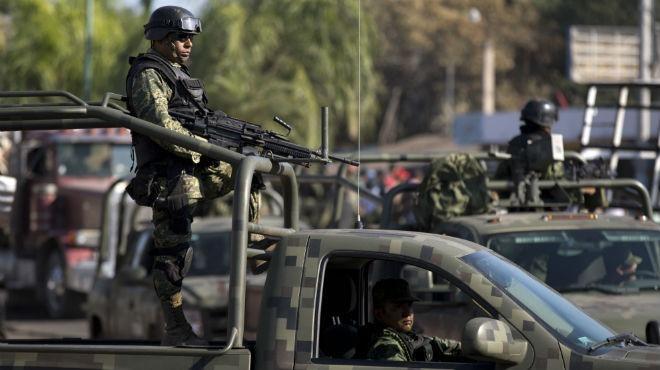El reforzamiento de la estrategia de seguridad en el Estado, cuenta con el arribo de más de un millar de militares y 300 Policías Federales