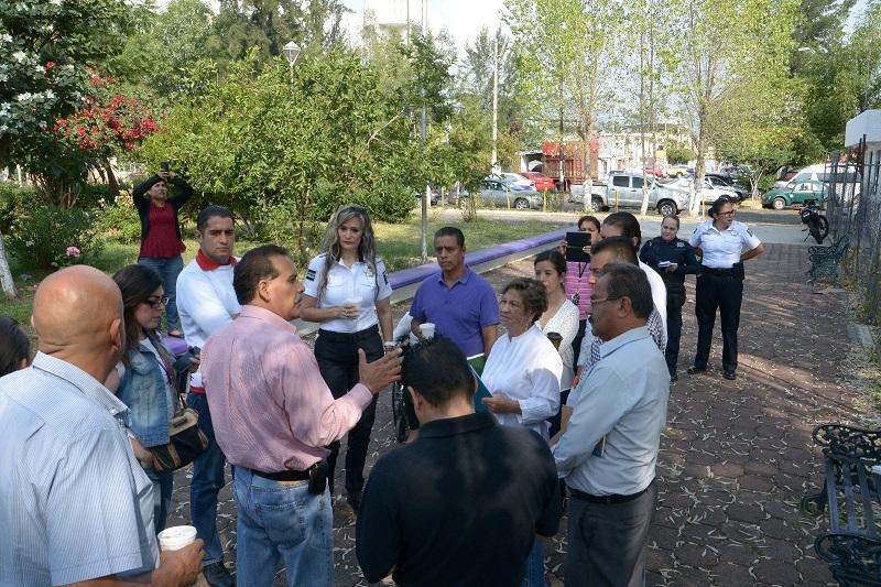Al respecto, personal del Ayuntamiento de Morelia, encabezados por Pedro Barrera Pérez, Director de Planeación Participativa, visitó la mencionada colonia con el fin de conocer previo al día del evento, las necesidades de la misma