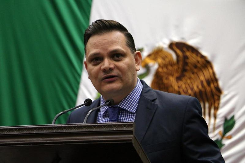 """""""Es tiempo de que los ciudadanos se sientan representados por legisladores que sean cercanos a ellos, esto se logrará por medio de un sistema mixto para la designación de representantes populares de Representación Proporcional"""", explicó Gómez Trujillo"""