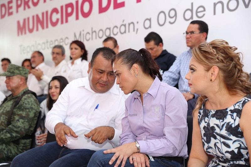 Entre la obras a realizar mencionó se encuentra el mejoramiento del Centro de Salud, que incluirá quirófano, servicios de Pediatría y Ginecología