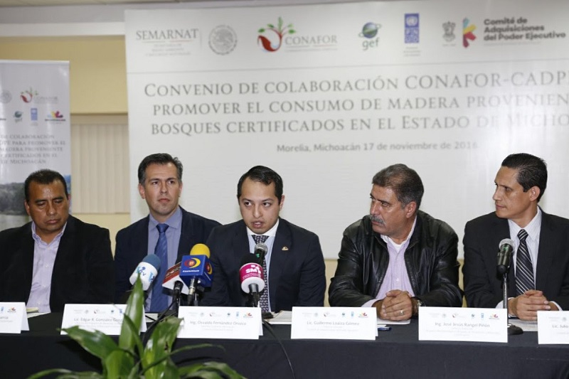 El director general del CADPE en Michoacán, Guillermo Loaiza Gómez, destacó la importancia de impulsar acciones conjuntas con proyectos interinstitucionales