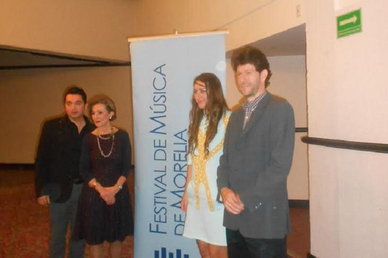 Mikhailova agradeció el cálido recibimiento que ha tenido en nuestro país y de la gira que la llevará además de la capital michoacana por el sureste mexicano en las ciudades de Mérida y Campeche, antes de retornar a Europa