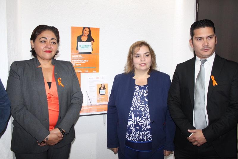 Posteriormente se colocarán los buzones naranja en los institutos municipales de la mujer de los 14 municipios donde se emitió la alerta de género