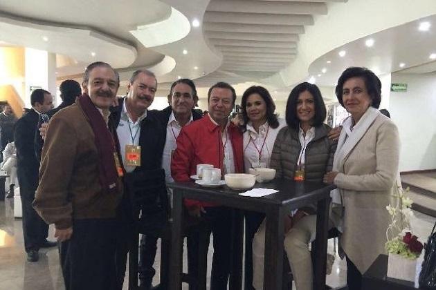 Silva Tejeda estuvo presente en el Consejo Político Nacional acompañado de diputados locales, presidentes municipales y consejeros políticos de dicha entidad federativa