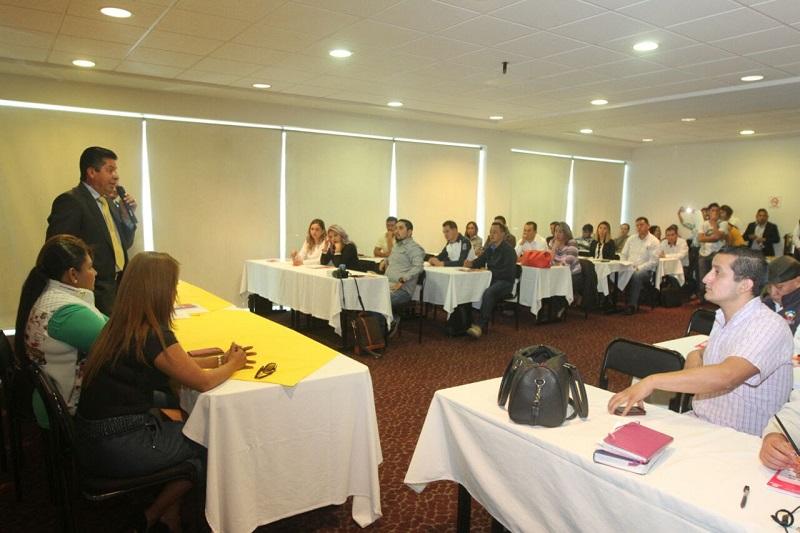 García Conejo pidió que quienes reciben este taller, repliquen lo que aprendan en sus municipios, es fundamental para el partido que haya personas preparadas en este aspecto