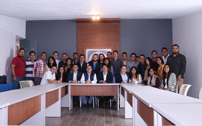 El líder panista destacó la participación del sector juvenil en labores sociales y partidistas durante el primer año de esta administración