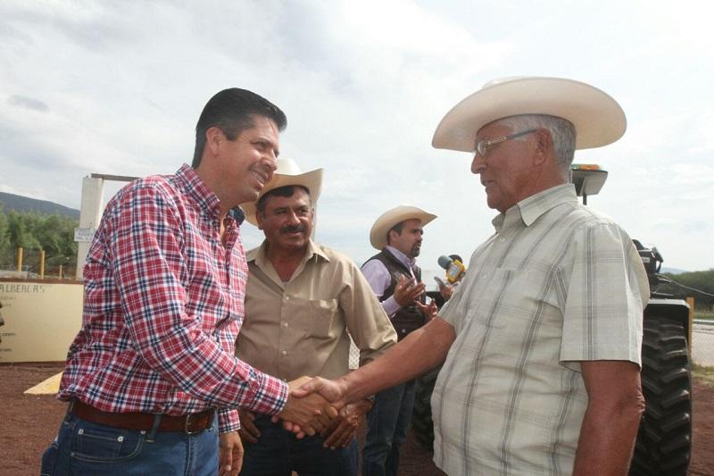 Antonio García Conejo instó a la militancia a no permitir que otros partidos políticos consoliden sus intentos de minar la fuerza que hoy tiene el Sol Azteca