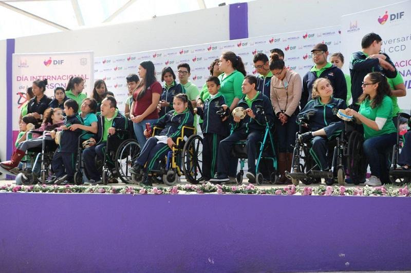 Realiza actividades deportivas, recreativas y culturales, en el marco de la conmemoración por el Día Internacional de Personas con Discapacidad