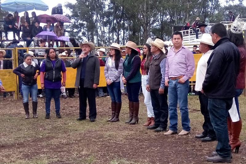 Miles de personas de Tenencias, comunidades y municipios aledaños asistieron