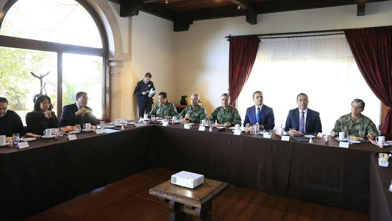 En este sentido, el gobernador de Michoacán, Silvano Aureoles, enfatizó que no hay estrategia que dé resultados si no es con la estrecha coordinación entre los Gobiernos Estatal, Federal y Municipales