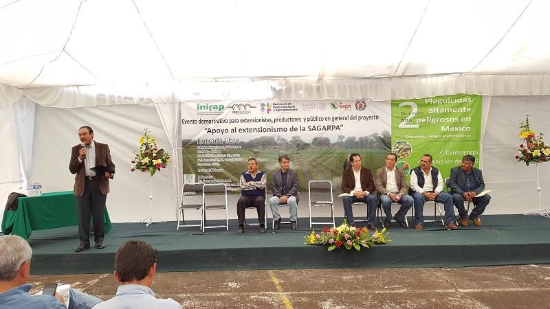 """Durante su intervención para el tema de los plaguicidas, el delegado federal de la SAGARPA, Jaime Rodríguez, declaró que """"es un tema que preocupa a todos, pues lo que se plantea es que los productores sepan utilizarlos y no dañen sus cultivos"""""""