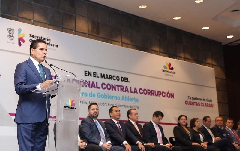 """El gobernador encabezó la Campaña """"Michoacán, tú tienes la llave por la transparencia"""""""