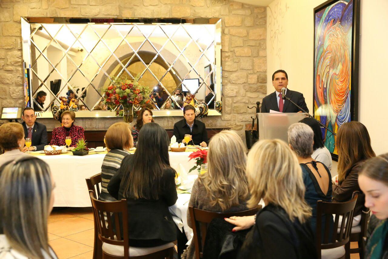 Acude Aureoles Conejo a conmemoración del séptimo aniversario de la asociación Empresarias Michoacanas A.C (EMAC)