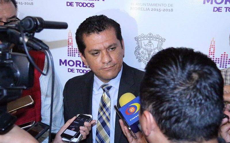 Guzmán Díaz detalló que este galardón es entregado por la Federación Nacional de Municipios de México a través del Comité de Selección del Premio Nacional al Buen Gobierno Municipal 2016