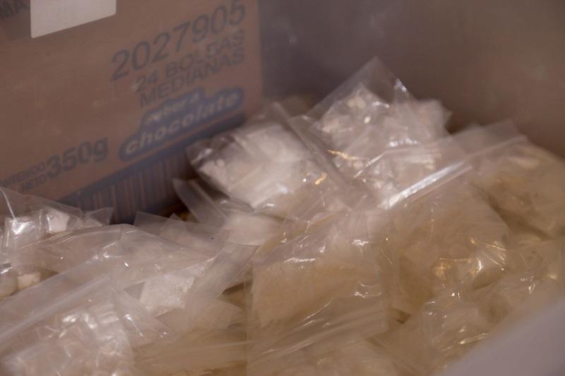 En el lugar también se encontraron cartuchos y utensilios para la elaboración de narcótico; se combate con firmeza el narcomenudeo