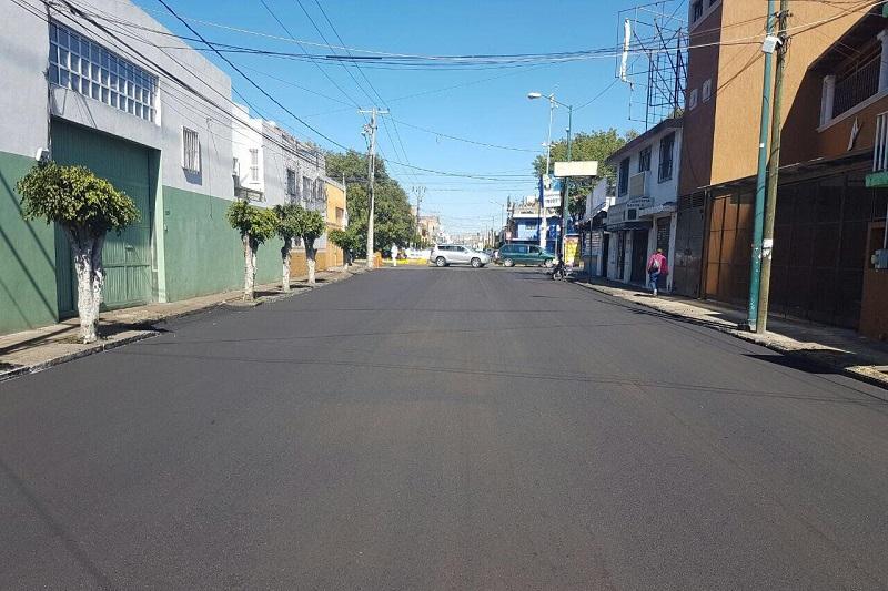 En este momento, se encuentra al 100 por ciento las calles de Juan de la Barrera, Artilleros del 47, Morelos Sur y Virrey de Mendoza, vialidades que se rehabilitaron en las últimas semanas