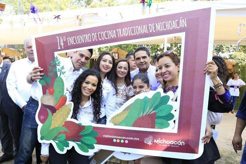 El subsecretario de Innovación y Desarrollo Turístico de la Secretaría de Turismo Federal, José Salvador Sánchez Estrada, expresó que se busca preservar y fortalecer la cultura gastronómica tradicional mexicana y así impulsar su riqueza
