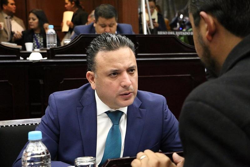 Carlos Quintana exhortó a la ciudadanía a involucrarse en el tema anticorrupción, al realizar un escrutinio al trabajo realizado en torno al Sistema Estatal que alista el Congreso del Estado