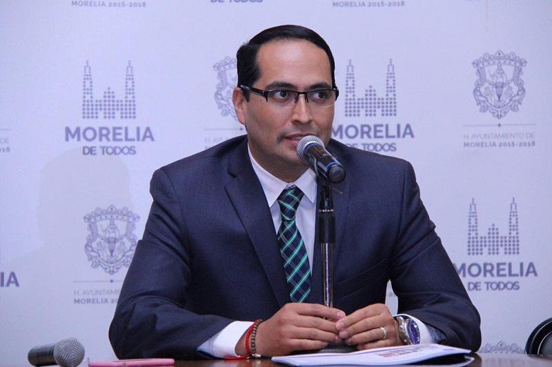 Hernández Razo, destacó que entre las actividades que se enmarcan en esta fecha tan importante, se encuentra la Sesión Solemne de Cabildo en la que se instalará y tomará protesta a los nuevos integrantes del Consejo de la Crónica