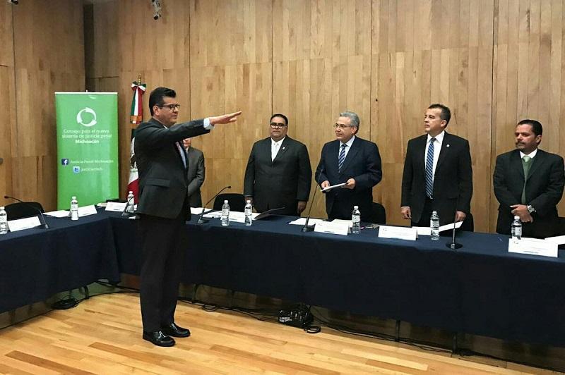 El Consejo coordina los esfuerzos y diseña las estrategias para la implementación, el seguimiento y la evaluación del Nuevo Sistema de Justicia Penal en Michoacán