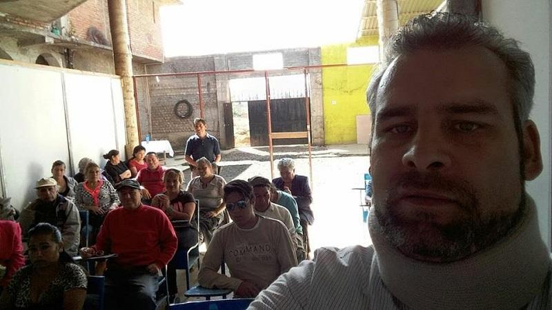 Ramírez Bedolla estuvo acompañado de la también consejera estatal, Ana Lilia Guillén, y de los consejeros por el distrito de Pátzcuaro, Eleazar Avilés y Marco Fabio de Jesús Bautista