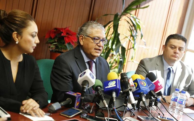 La Secretaría de Finanzas y Administración (SFA) refrenda que el objetivo del proyecto es reducir las tasas de interés del 63.5 por ciento de la deuda total, la cual asciende a más de 17 mil millones de pesos, que se tiene con instituciones bancarias