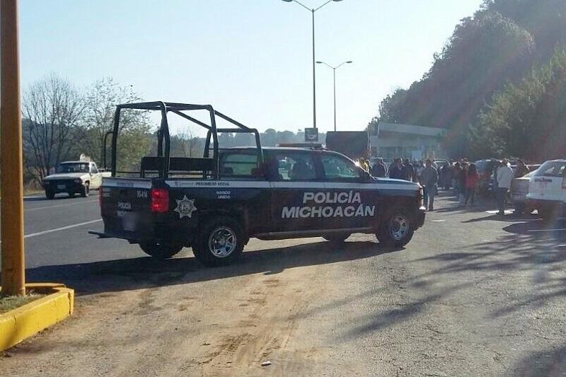 La Secretaría de Seguridad Pública hace un llamado a los manifestantes a conducirse siempre en un marco de respeto a los derechos humanos de terceros, de lo contrario se actuará conforme a derecho