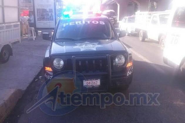 Al lugar arribaron unidades de Protección Civil estatal y de la Policía Municipal, para auxiliar a los involucrados en el accidente (FOTOS: FRANCISCO ALBERTO SOTOMAYOR)