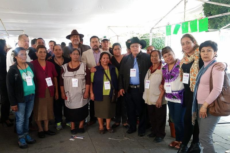 Cabe mencionar que Josué Altamirano Hernández, investigador del CIDAM, acudió junto con el Secretario y explicó con más detalles las posibilidades que la aportación desde la ciencia puede dar a los productores
