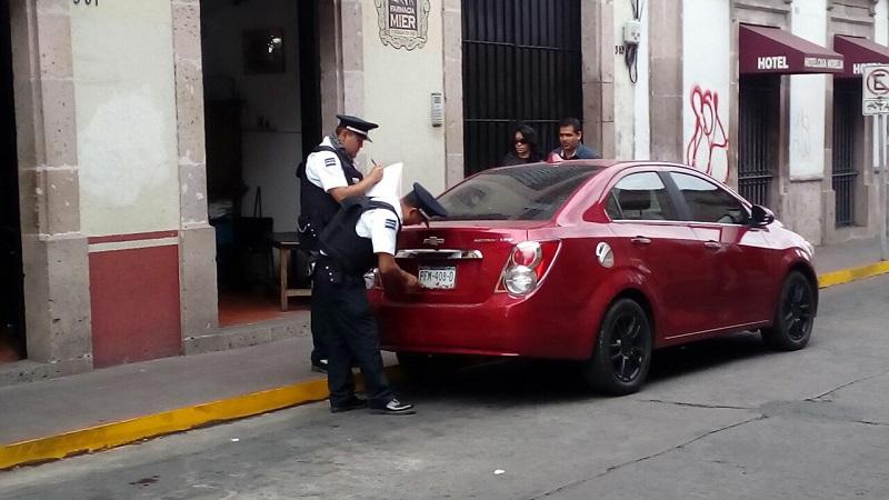 Los operativos han causado la molestia de cientos de automovilistas, pero no se ha logrado corregir esas malas conductas (FOTO: MARIO REBOLLAR)