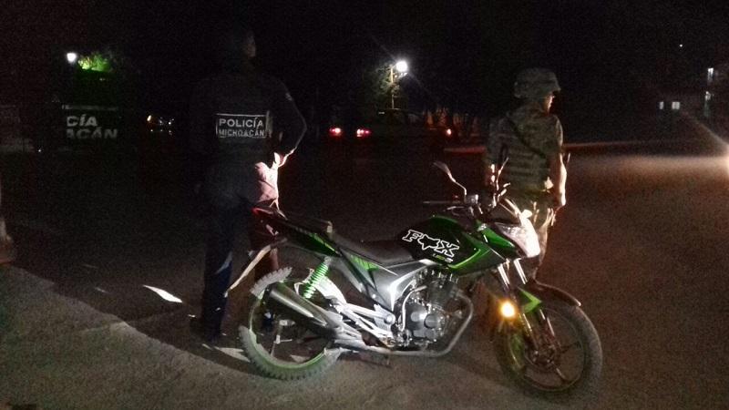 Los presuntos implicados, vehículos, armas de fuego y droga fueron puestos a disposición de la autoridad competente