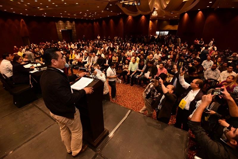 Carlos Torres Piña, presidente del Comité Ejecutivo Estatal enfatizó que el Sol Azteca debe asumirse como oposición ante el PRI y el PAN y que no existen coincidencias que le permitan tejer alianzas electorales rumbo a 2018