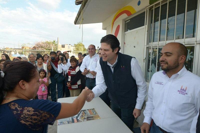 Martínez Alcázar recordó que así como acudieron a pedir el apoyo de los morelianos que viven en el oriente del estado en campaña, en esta ocasión regresa pero con apoyos que verdaderamente impacten en la mejora de su calidad de vida