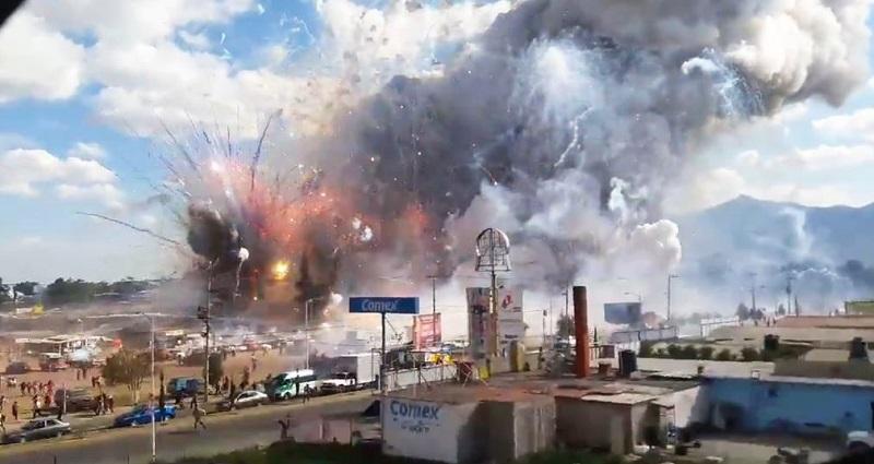 En el 2006 y 2007 se registraron explosiones que destruyeron la totalidad del mercado. Pero después de esos desastres se implementaron medidas de seguridad para evitar estallidos en cadena.