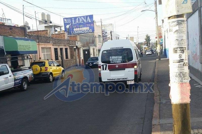 Hernández Alarcón apeló a la comprensión de la población en el sentido de que el gobierno del estado, considere la propuesta de un ajuste tarifario en el servicio público de transporte