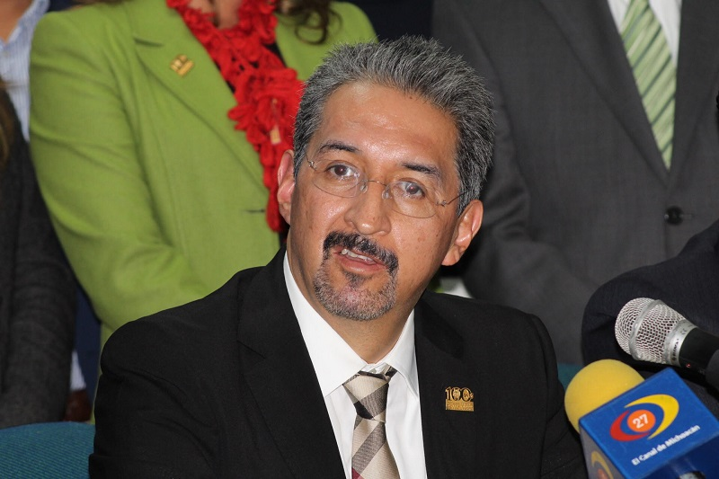 Medardo Serna acude la Ciudad de México para continuar en la gestión  de recursos extraordinarios por el orden de 300 mdp