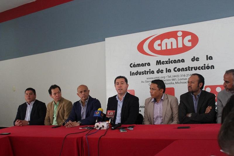 Invitó a los constructores de Michoacán a afiliarse a la Cámara ya que es la única a nivel nacional que cuenta con ordenamientos jurídicos propios como lo son sus estatutos rectores, lineamientos, códigos de ética en los cuales se enmarcan sus facultades y funcionamiento