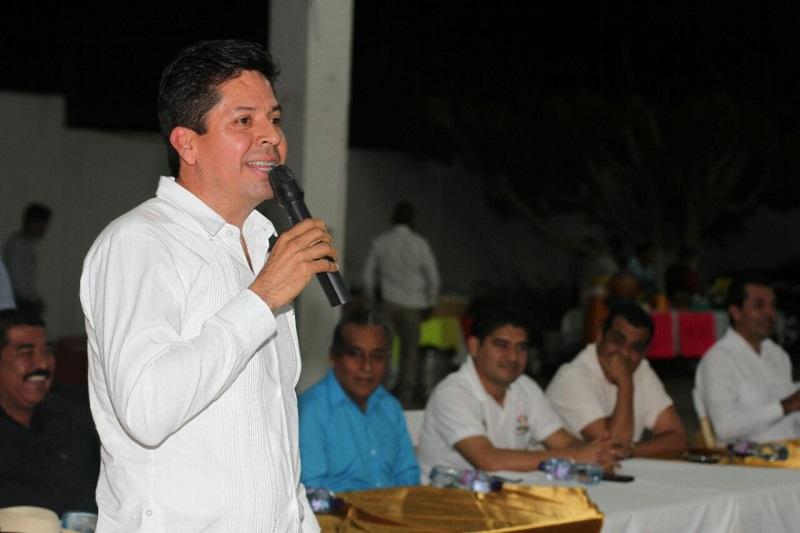García Conejo pidió que quienes integran el partido en todo el estado sigan organizados y unidos, para seguir con el gran trabajo en 2017, que es de retos por la elección interna que está programada