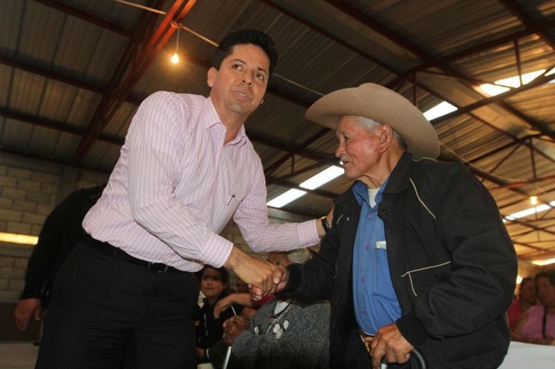 Antonio García Conejo pidió mayor sensibilidad ante los grupos vulnerables, ya que las repercusiones golpea directo a la economía de las familias, ya que esto desencadena incremento en la canasta básica y transporte público