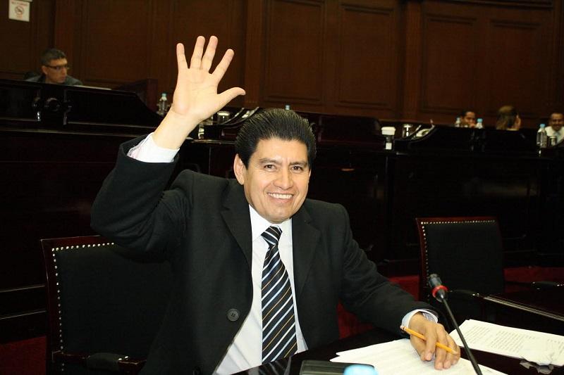 El dictamen presentado por las Comisiones Unidas de Desarrollo Urbano, Obra Pública y Vivienda, y la de Hacienda y Deuda Pública recopila la iniciativa propuesta por el diputado Raymundo Arreola
