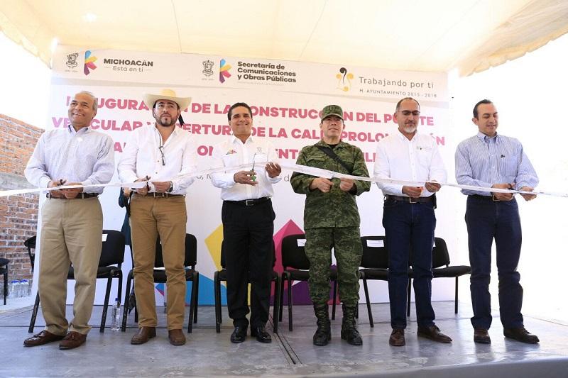 Aureoles Conejo resaltó el potencial de la región para la inversión, con la reactivación de la porcicultura y la agroindustria