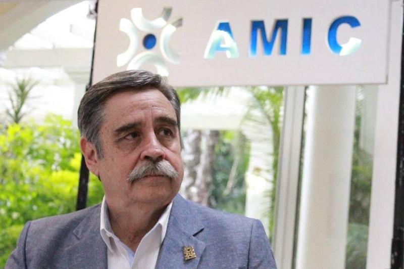 La Asociación Mexicana de la Industria de la Construcción manifiesta enérgicamente su desacuerdo con la política económica del gobierno federal