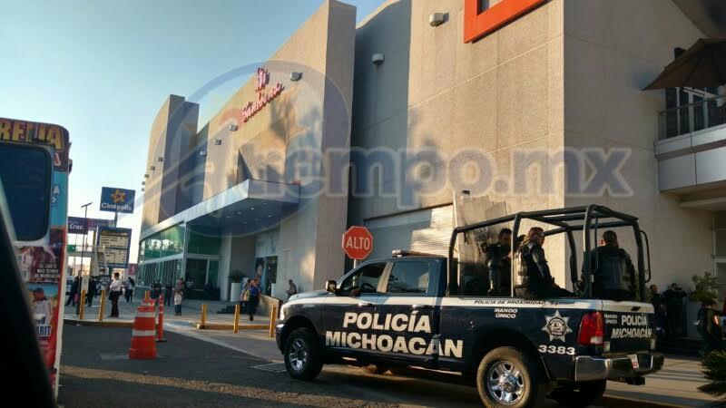 Durante el recorrido fue posible verificar la presencia policial en Plaza Las Américas, Plaza Morelia y Sams Club (FOTOS: FRANCISCO ALBERTO SOTOMAYOR)